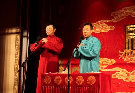 中手游肖健應書嶺說相聲開年 2015年放大招圖片