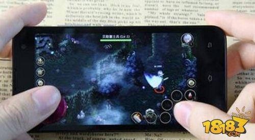 夜神安卓模拟器:即时战略和塔防手游的新契机