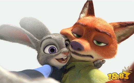 在本片无数的小动物中,最火的当然是狐狸nick和兔子judy这对cp,也成图片