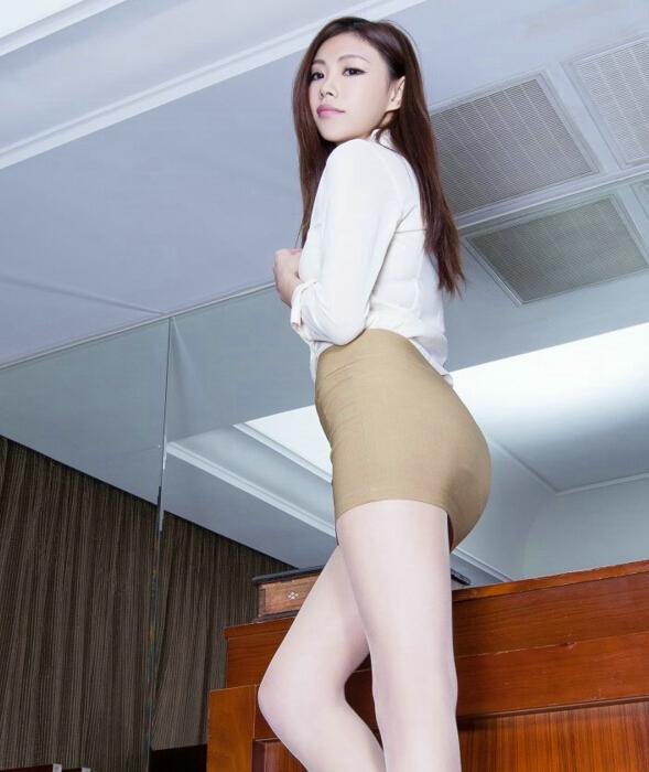 长腿妩媚美女性感生活照锦集大全