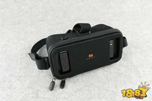 小米VR眼镜玩具版体验 年轻人的第一款VR?
