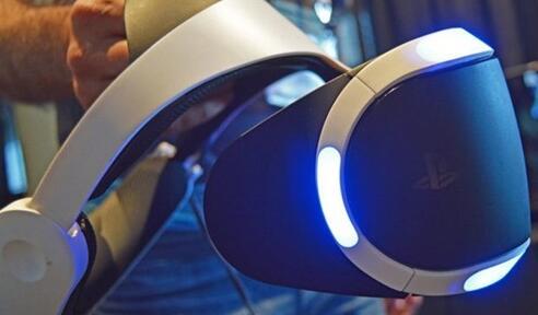 索尼PS VR分辨率怎么样 和HTC VIVE对比哪个好